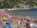 На пляже в Крыму маски не нужны