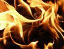 Загорелся автобус с туристами по дороге к Ладоге